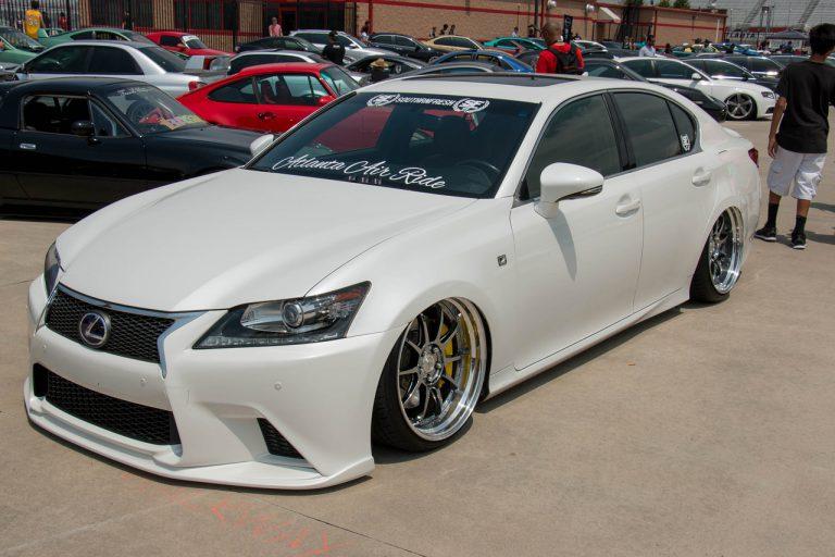 Wyróżnienie w testach zderzeniowych – nowy nowoczesny Lexus RX
